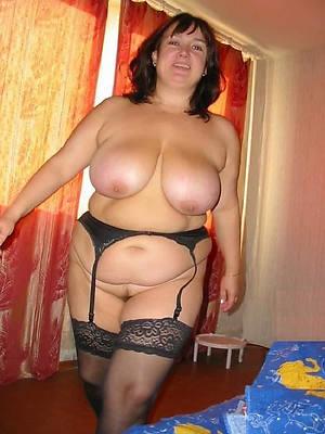 naught mature mom boobs pics