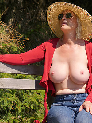 free pics of adult mom boobs