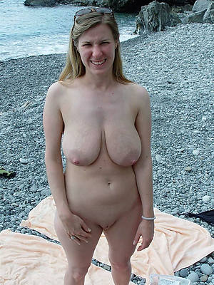 perfect mature natural pussy nude pics
