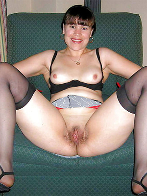 porn pics of matures in nylons