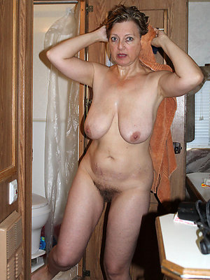 gorgeous mature hairy women pics