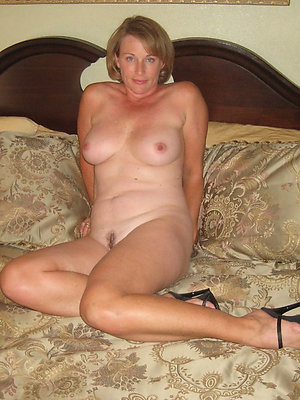 slutty mature women in heels pictures