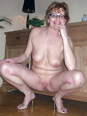 gorgeous mature almost high heels pictures