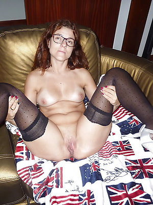 slutty mature stockings and heels porn pics