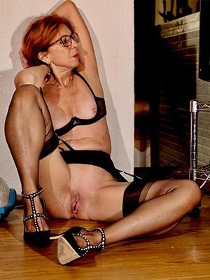 X hot mature redhead pussy