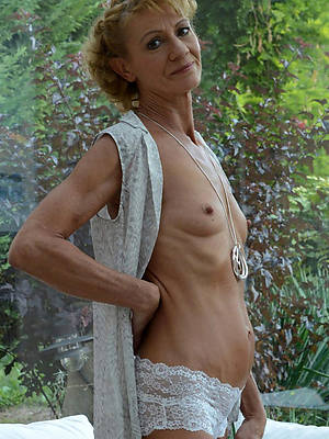 xxx free mature women more small tits