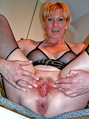 beautiful naled mature vulva pics