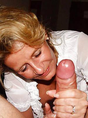 nasty mature mom handjob nude pics