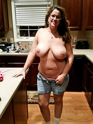 mature women in tight jeans free porn
