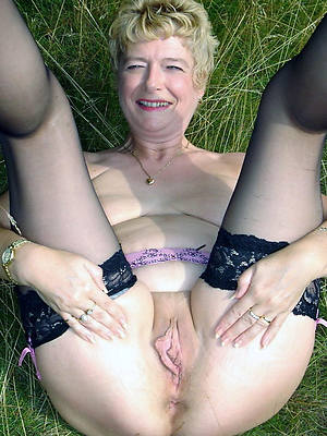 beautiful mature pussy over 60 porn pictures