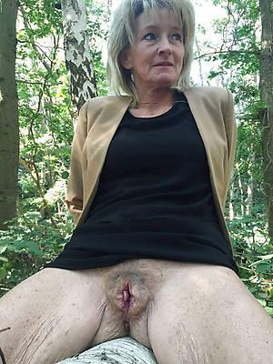 old mature women naked xxx porno