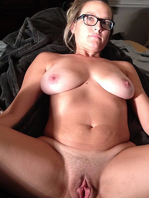 mature natural breasts stripped