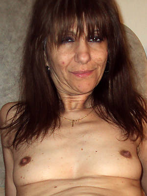 small tits mature women porn galleries
