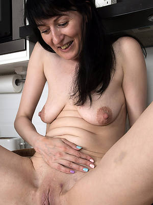 farcical throbbing saggy matured knockers unconcealed pictures
