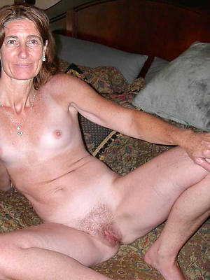 mature women with small tits free porn