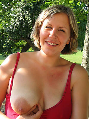 incomparable amateur full-grown women pics