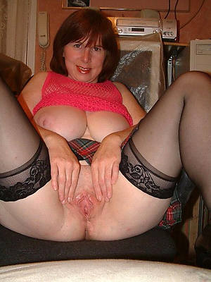 hotties adult pussy shaved denude photos