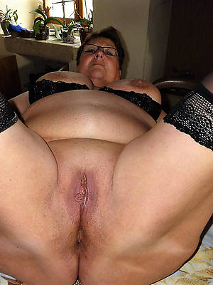hairy mature cunts dirty sex pics