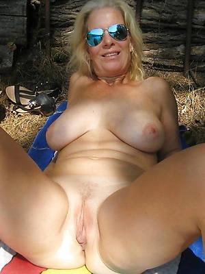 mature women over 60 vilifying sex pics