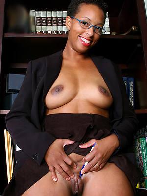 fantastic mature black booty porn pictures