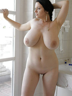 german full-grown heavy Bristols nude pics