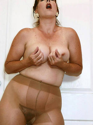 adult pussy here nylons