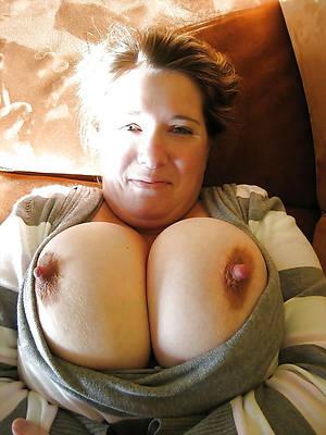 wonderful naked mature puffy nipples pics