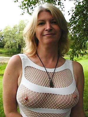 easy pics of mature women erotic