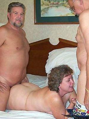 crazy mature mammy troika porn pics