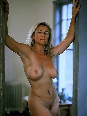 mature milf over 40 posing nude