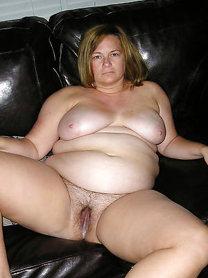 outright bare bbw mature thumbs