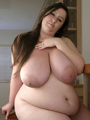 of age bbw amature posing nude
