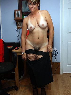free mature pussy stripped