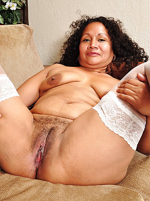 fantastic grown up latina mother