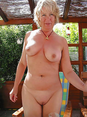 nude old ladies perfect body