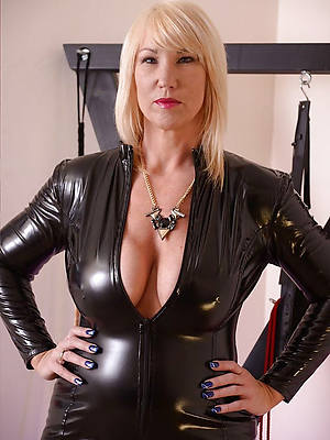 wonderful sexy mature latex pics