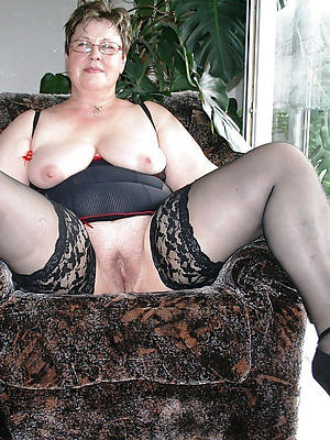 mature 50 year old women stripped