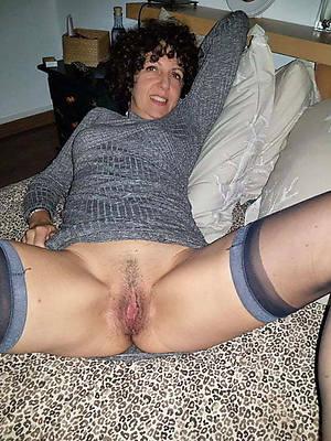 busty amatuer unveil mature over 50