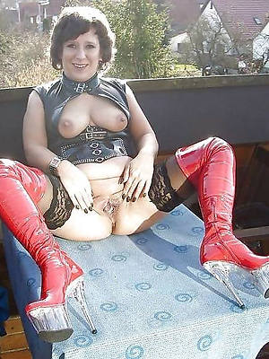 naught hot latex mature pics