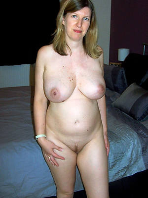 naught sexy natural mature pictures