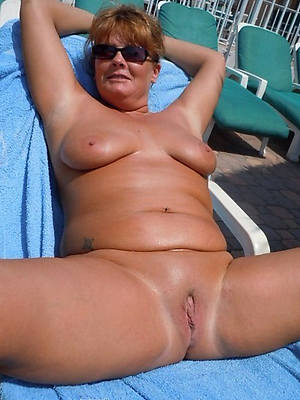 mature natural moms titties divest