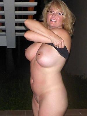 mature natural moms cunt lips