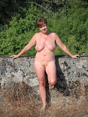 wide-ranging unproficient mature breasts dirty sex pics
