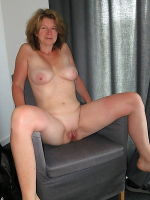 well-endowed amatuer full-grown 50 pedigree old body of men unembellished pics