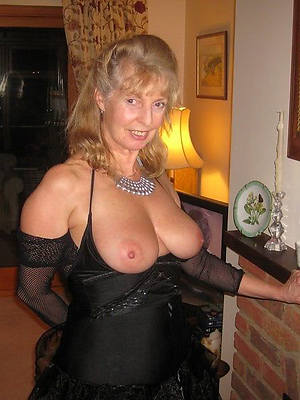 sexy hot mature old woman