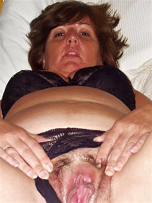 mature in the open cunt tits pics