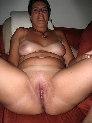 honcho amatuer grown-up shaved pussy photos