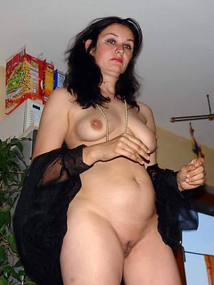 xxx reticent mature nude pictures