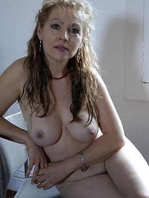 titillating adult cougar calumnious carnal knowledge pics
