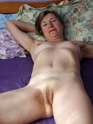 mature amateur solo porn pic download